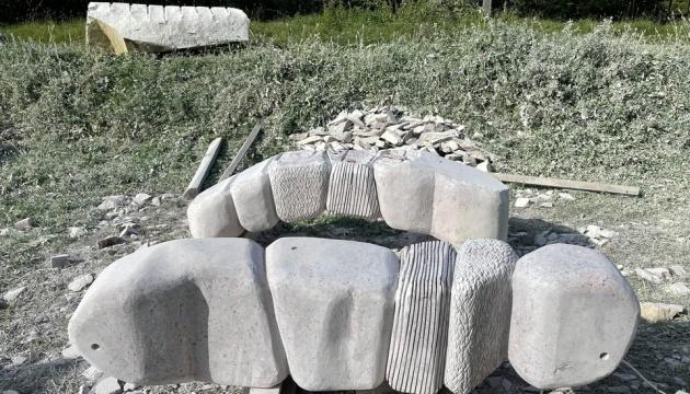 Стартував міжнародний Карпатський скульптурний симпозіум