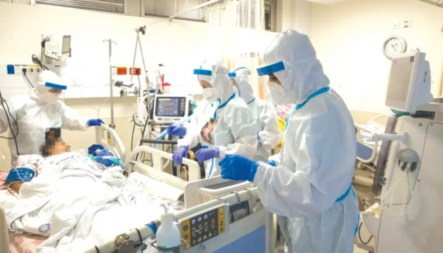 ВОЗ рекомендует от коронавируса коктейль из антител для «нетяжелых» пациентов