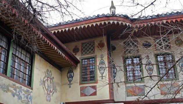 Weltkulturerbe auf der Krim: Etwa 4000 Kulturstätte von Russland angeeignet, Artefakte ausgeführt - UNESCO-Bericht