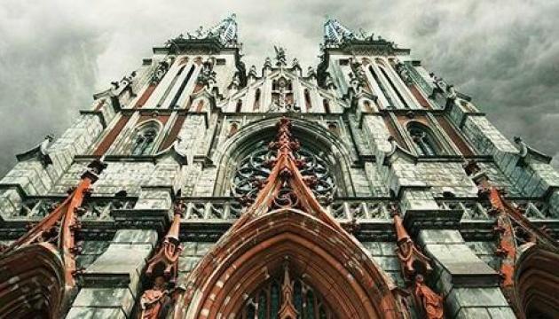На відновлення костелу Святого Миколая зібрали 15,7 мільйона