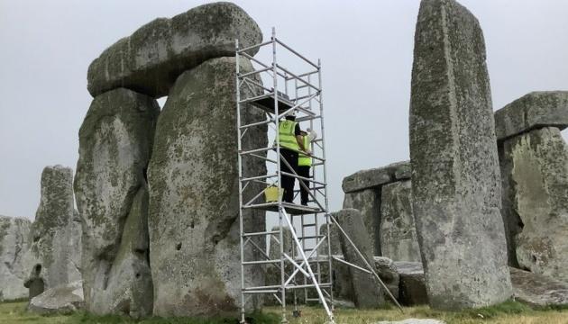 У Британії ремонтують Стоунхендж – уперше за 60 років
