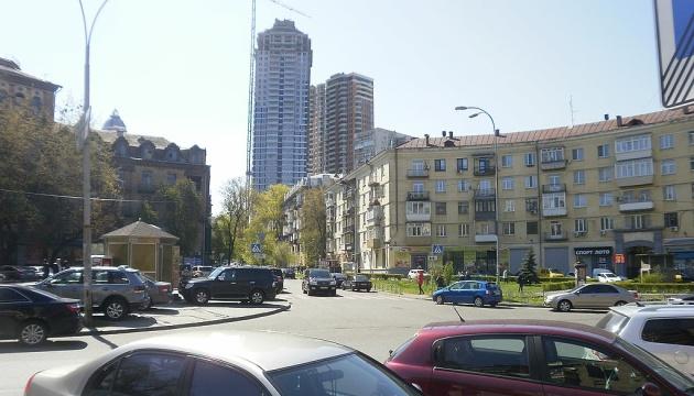 Безіменна площа у Печерському районі може стати Кловською