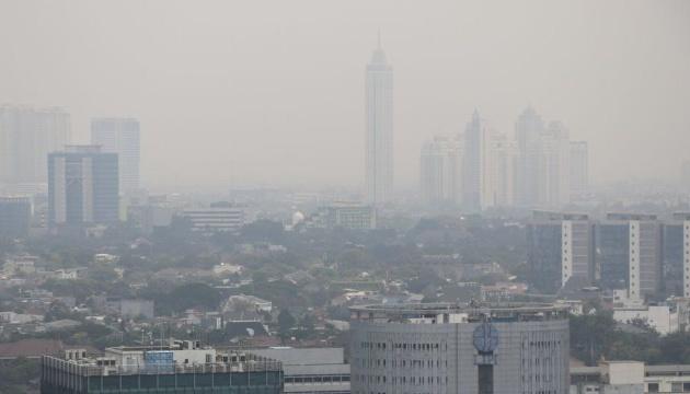 Суд в Индонезии признал президента виновным в загрязнении воздуха