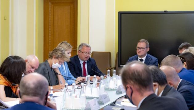 Судова реформа: посли G7 розповіли про результати зустрічі на Банковій