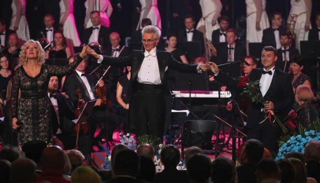 В Национальной опере прошел гала-концерт «Музыкальная благодарность врачам»