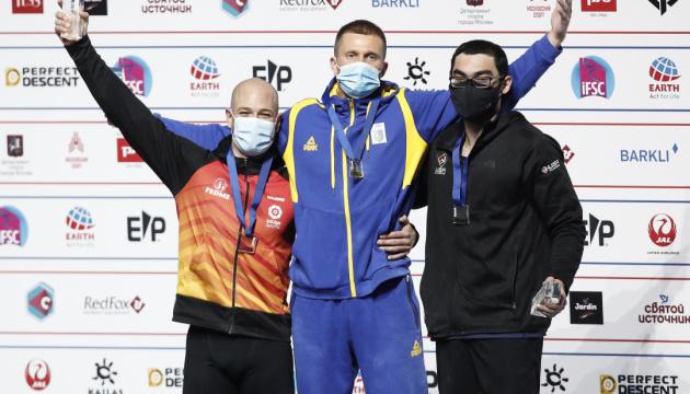 Українець Болдирєв виграв «золото» чемпіонату світу зі скелелазіння