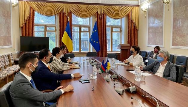 Ткаченко пропонує посилити співпрацю з Азербайджаном у сфері кіно