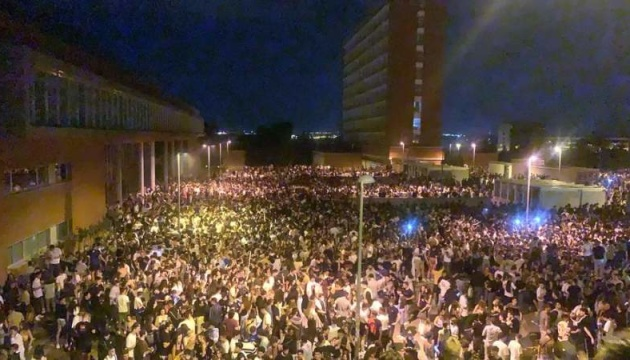 В Іспанії 25 тисяч студентів влаштували нелегальну вечірку