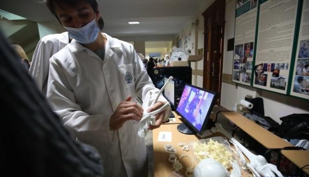 «Ночь науки»: в Харькове показали достижения 15 ведущих вузов и планетария