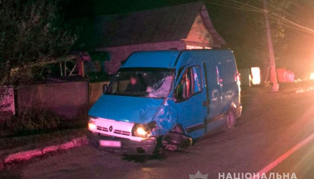 На Буковине мотоцикл врезался в микроавтобус: двое погибших
