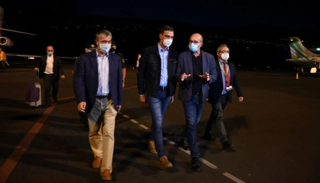 Премьер Испании отменил поездку на Генассамблею ООН из-за извержения вулкана