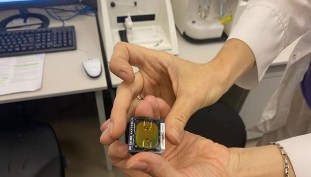 400 зразків на місяць: Центр здоров'я виявлятиме нові COVID-штами