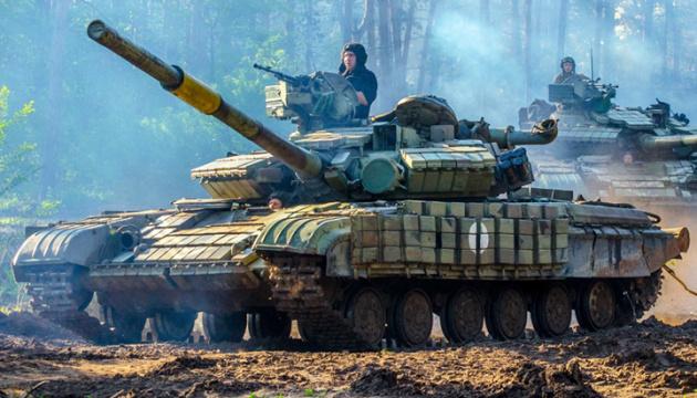 5 attaques ennemies dans le Donbass, un militaire ukrainien blessé