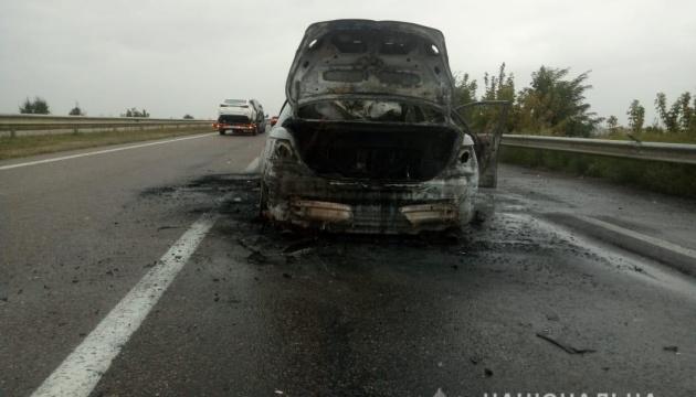 На трассе Одесса-Киев произошло ДТП с пожаром, водитель погиб на месте
