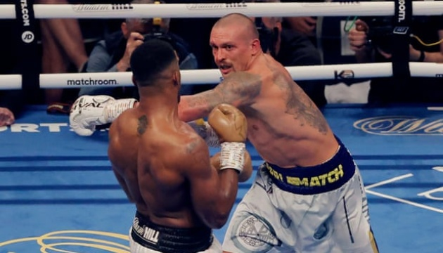 Усик домінував, але Джошуа буде сильнішим під час реваншу - Лазуткін