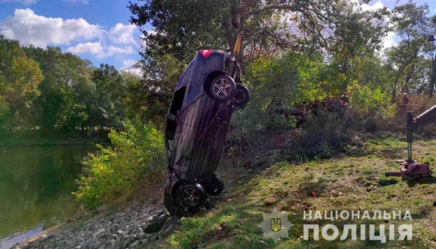 LADA з'їхала у річку на Полтавщині – троє загиблих