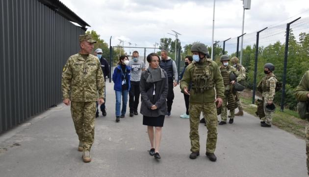 Генконсул Німеччини відвідала «Станицю Луганську»