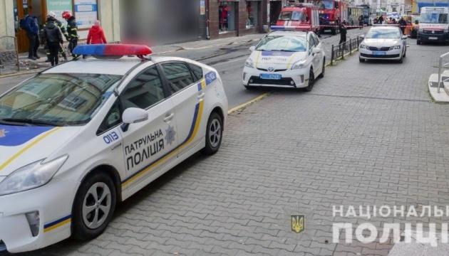 Освободили заложников: в центре Черновцов провели антитеррористические учения