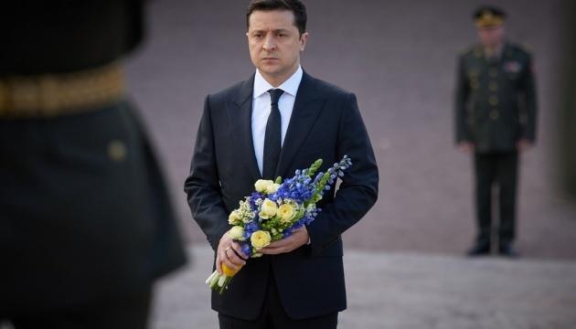 Volodymyr Zelensky a honoré la mémoire des victimes de la tragédie de Babyn Yar