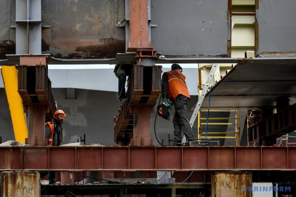Будівництво мосту через Дніпро у Запоріжжі / Фото: Дмитро Смольєнко, Укрінформ