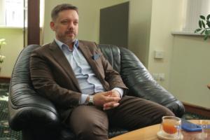 Aufsichtsrat von Ukreximbank suspendiert Vorstandsvorsitzenden Metsger