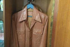 Руда куртка без ґудзиків Володимира Івасюка, або «Трагічна ластівка»