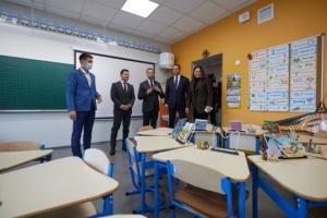 Zelensky inspects reconstructed school in Mariupol