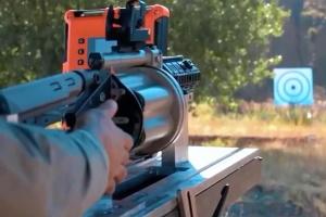 У Туреччині випробували ручний гранатомет, який стріляє різними боєприпасами