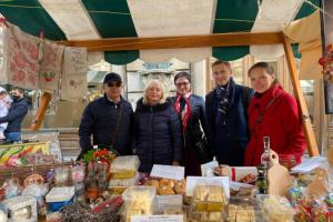 Діаспора та Посольство представили українську культуру на благодійному базарі у Словенії