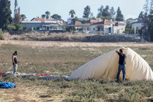 В Израиле погиб аэронавт - упал с воздушного шара на автомобиль