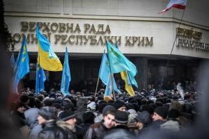 Кримських «суддів» звинувачують у воєнному злочині за переслідування керівника Меджлісу