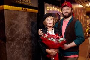 У Києві відбулася гала-прем'єра кінокомедії «Де гроші» із Роговцевою та DZIDZIO