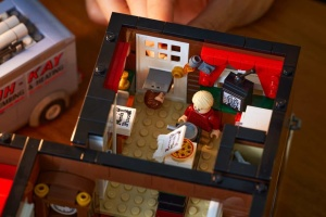 Lego представила конструктор за фільмом «Сам удома», розроблений українцем