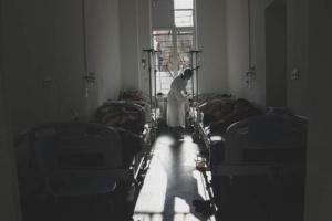 Украинские ученые прогнозируют до 29 тысяч случаев COVID-19 за сутки в ближайшие недели