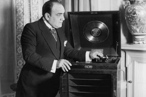 В Україні транслюватимуть концерт пам'яті Карузо до Всесвітнього дня опери