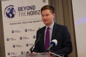 Украине удалось создать надежную систему противостояния кибератакам из России - дипломат