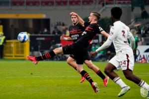 «Мілан» переміг «Торіно» і знову очолив Серію А