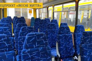 На Вінниччині 16 громад отримали шкільні автобуси з місцями для учнів з особливими потребами