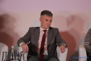 Е-декларування «на паузі»: Новіков заявляє про втрату близько 5000 кримінальних справ