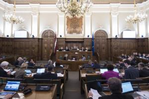 Сейм Латвії «завернув» пом'якшення заборони на георгіївську стрічку