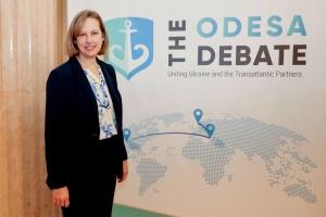 Посол США підняла тост за євроатлантичну інтеграцію України