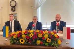 У польському Вроцлаві передали приміщення під нове генконсульство України