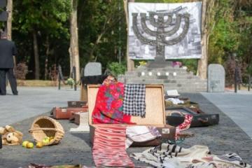 Piedras de la memoria se colocarán en Kyiv en el 80° aniversario de Babi Yar