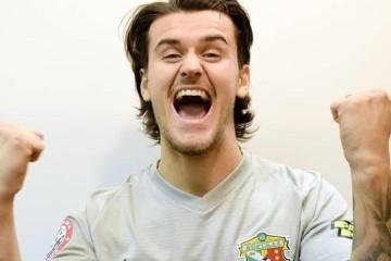 Thill se convierte en el mejor jugador de fútbol de la 10ª ronda del campeonato de la Liga Premier de Ucrania