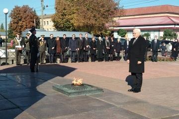 Steinmeier honors Koriukivka massacre victims