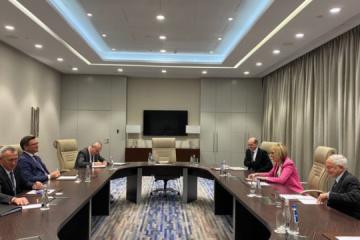 Kuleba bespricht mit OSZE-Generalsekretärin unkontrollierte Grenzabschnitte mit Russland