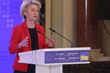 Von der Leyen insta a Rusia a reconocerse como parte en el conflicto en el este de Ucrania