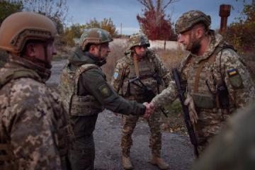 Donbass : Volodymyr Zelensky s'est rendu sur la ligne de front