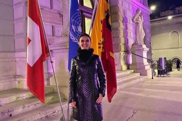 L'Ukrainienne Oksana Lyniv devient la première femme à diriger un concert pour l'anniversaire de l'ONU