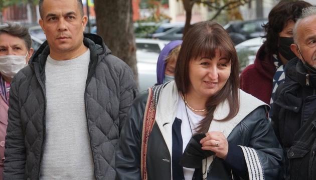 Окупанти відпустили активістку, затриману в Криму біля «суду», де слухали «справу Джелялова»